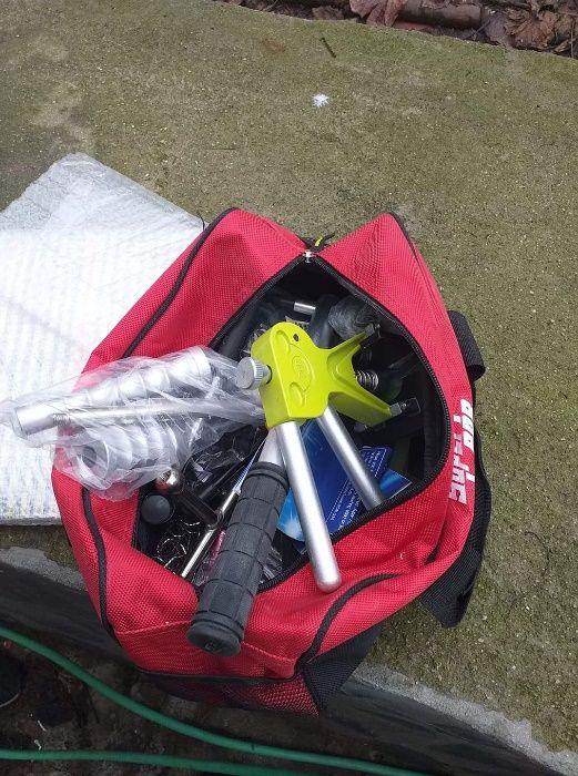 Инструменти за издърпване на градушка