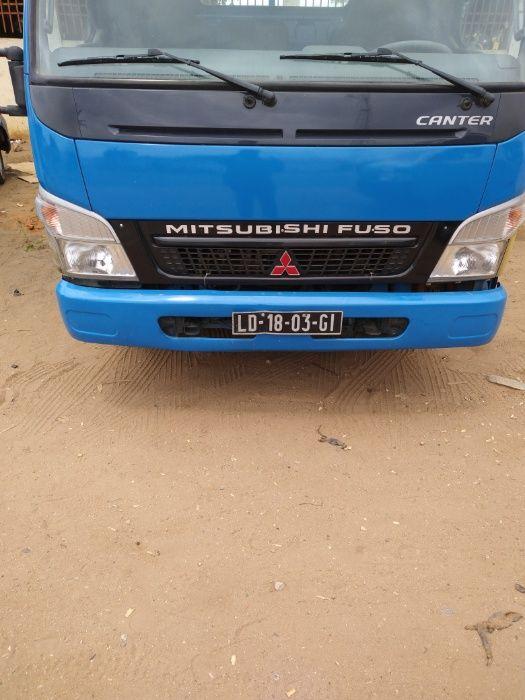 Venda deste Mitsubishi pronto socorro