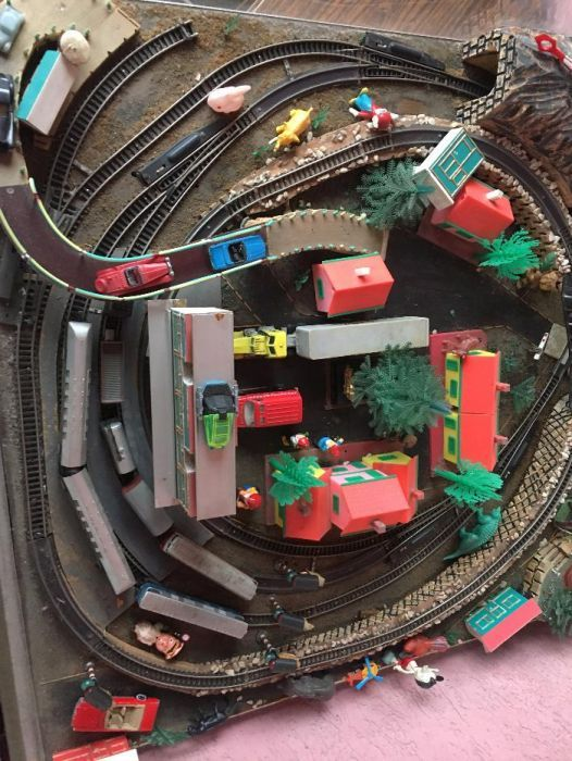 Trenulet Electric-Colectie1980 Pret fix!