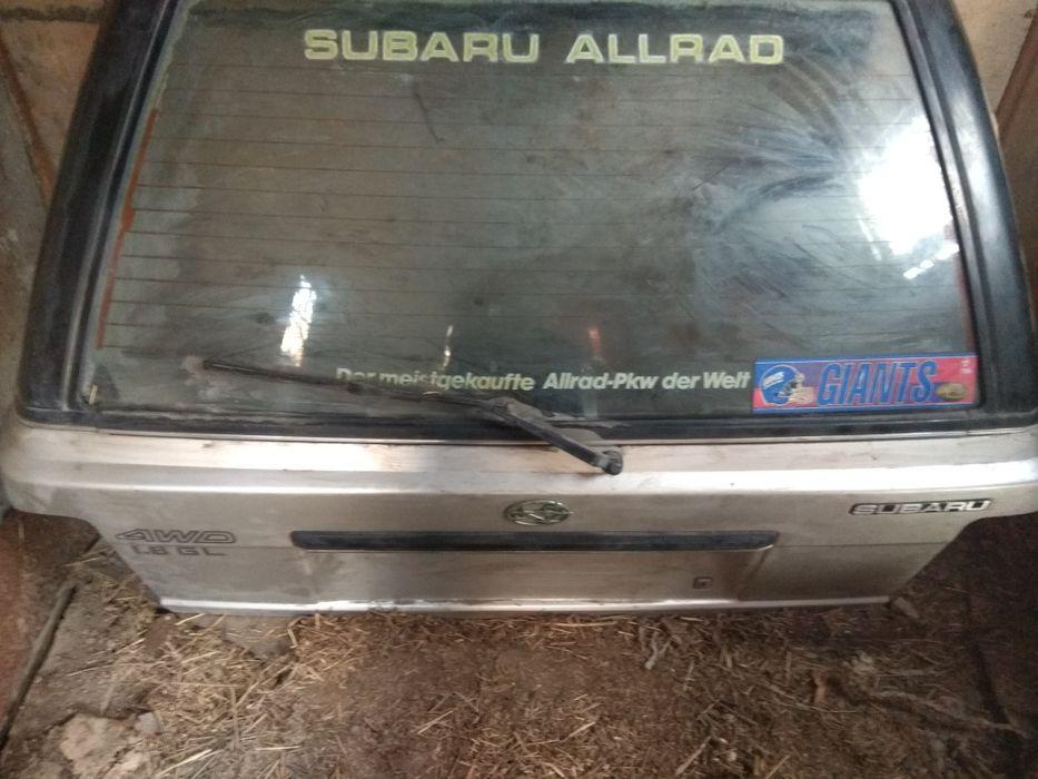 5 задняя дверь на Subaru