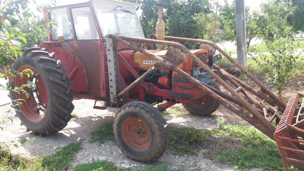 Tractor Volvo motor Perkins