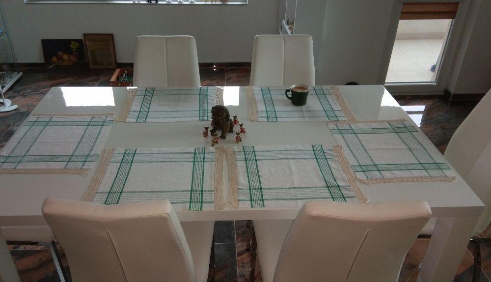 Комплект подложки за хранене, плетени на една кука