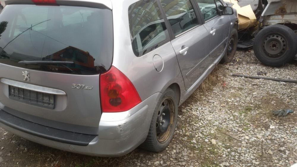Peugeot 307 2.0 HDI на части