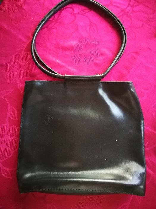 Испанска дамска чанта от естествeна кожа-черна