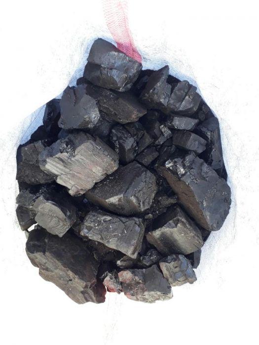 Уголь, мешками, тоннами.