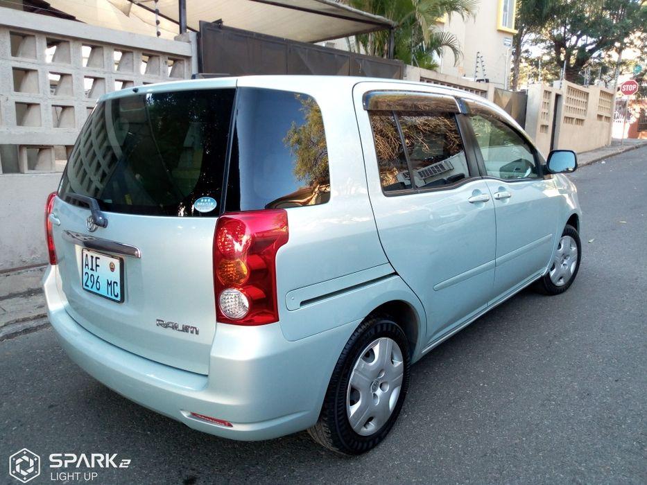 Toyota Raum novo