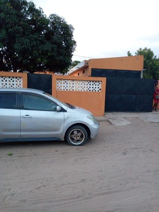 Vendo casa tipo 2 Machava 15