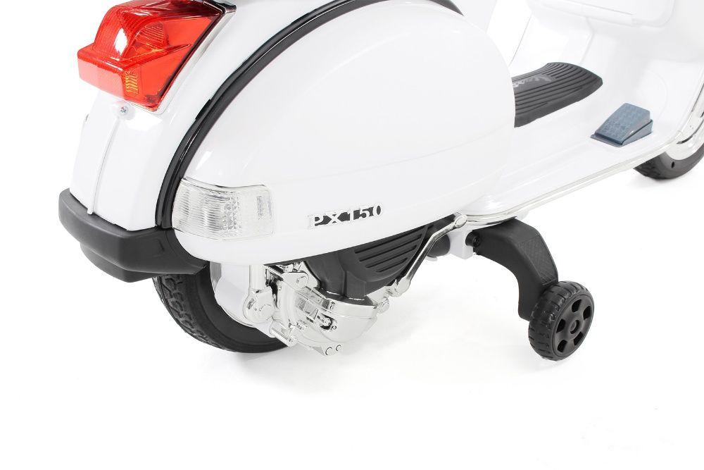 Motoretă pentru Copii, Vespa , PX150 ,12 V 7 ap, 1 Loc Cristesti - imagine 6