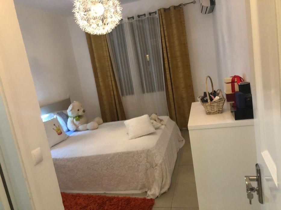 Apartamento T2 avenda no Jardim de Rosas