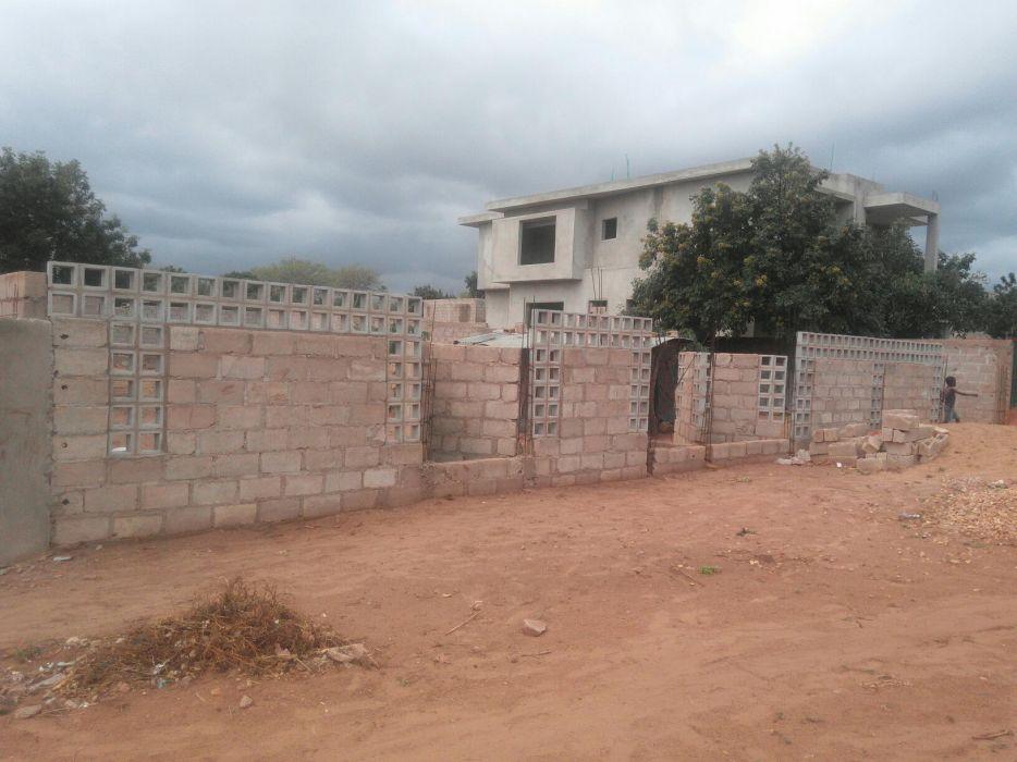 Vende-se terreno 20*40 em Txumene 1 próximo a inspeção de viaturas