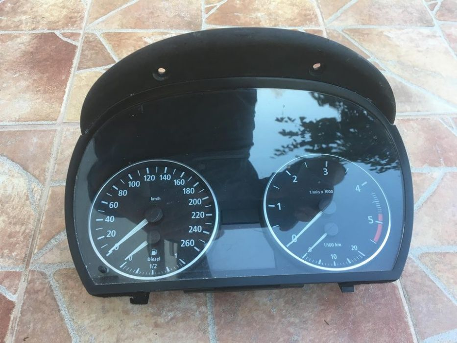 Километраж Табло BMW 320