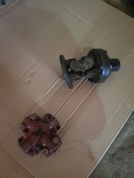 Cruce cardanica buldozer s1500