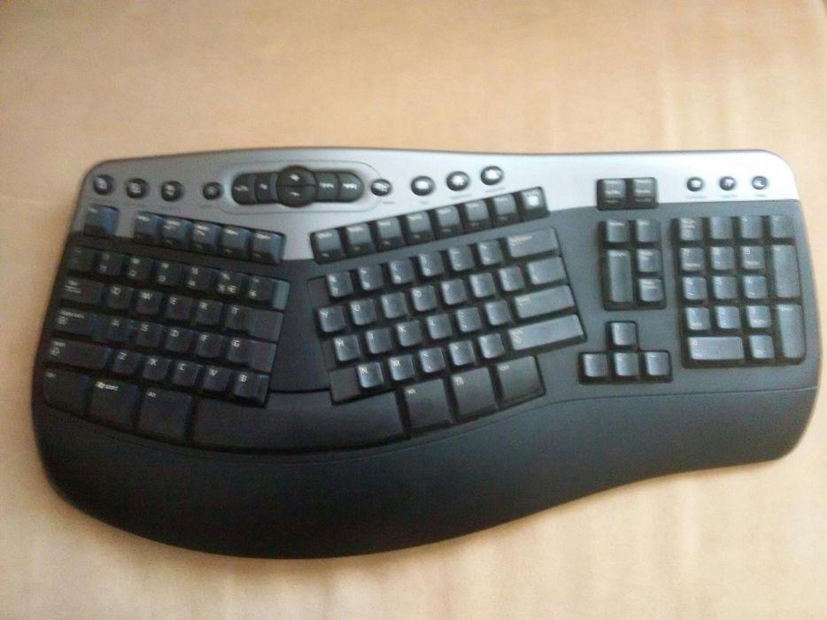 Kit Microsoft Tastatura + mouse + adaptor wireless