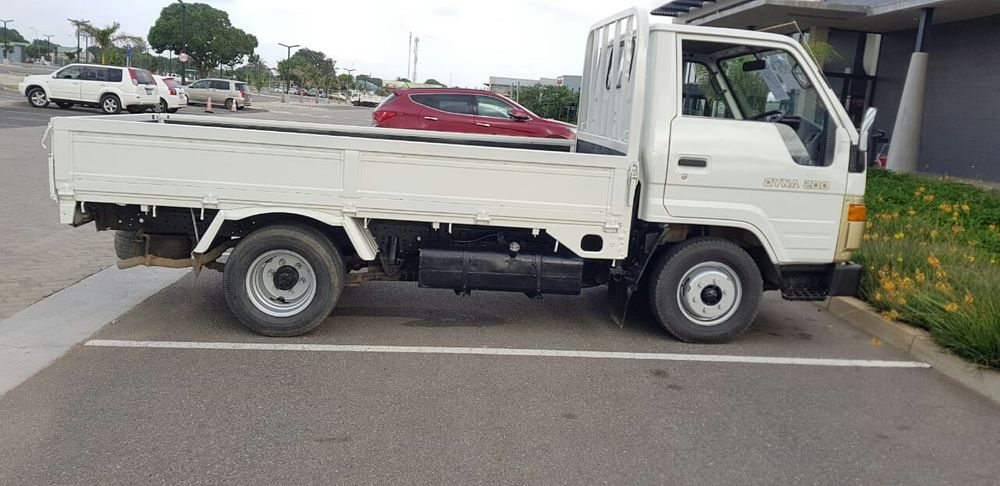 Toyota Dyna 200...derc/Liber.5.0