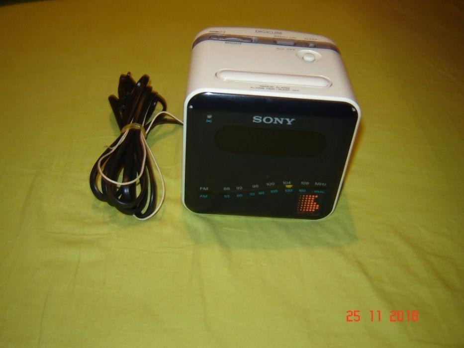 Radio Sony cu ceas original