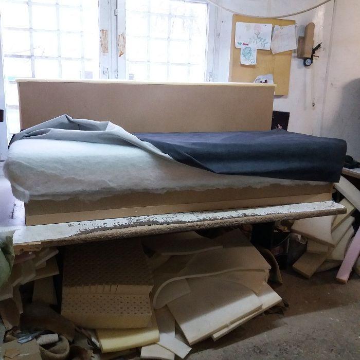 Претапициране на мека мебел.