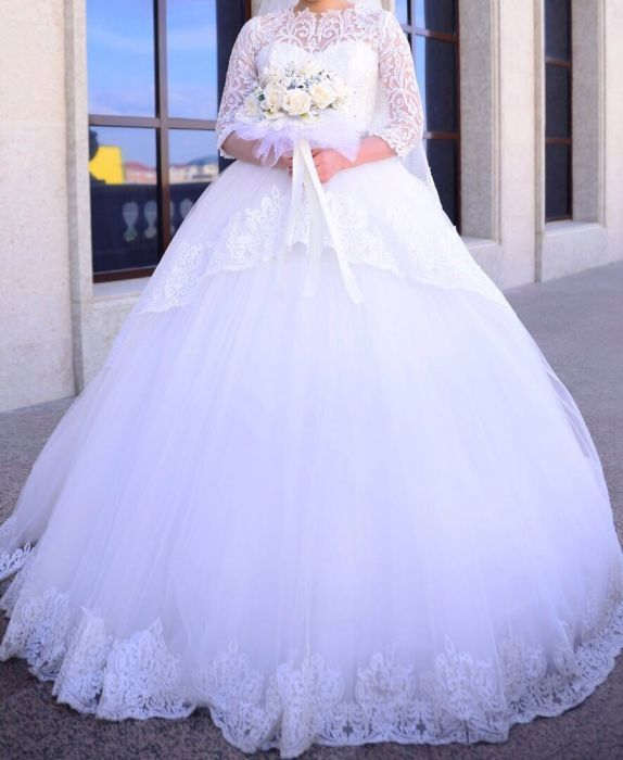 продажа или на прокат свадебное платье