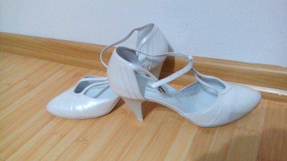 Dezactivate Vand Pantofi Mireasa Din Piele Moale Gherla Olxro