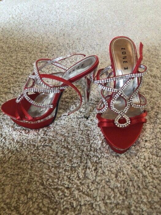Sandale cu toc de ocazie
