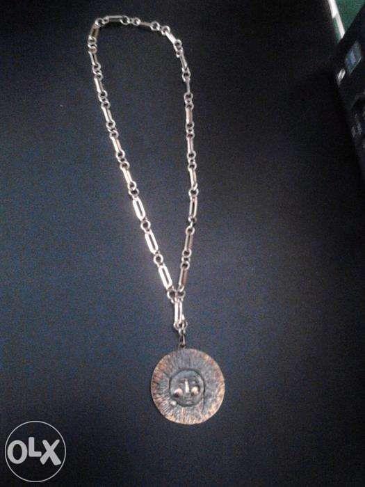 vand /schimb lant cu medalion