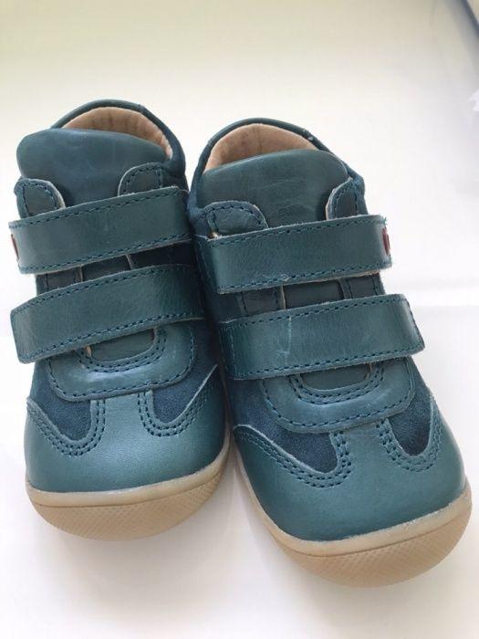 Бебешки обувки боти от естествена кожа 22 номер