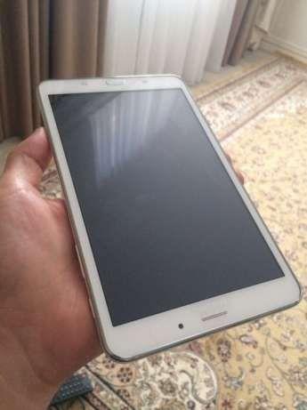 tab 4 планшет Samsung (Самсунг) таб 4