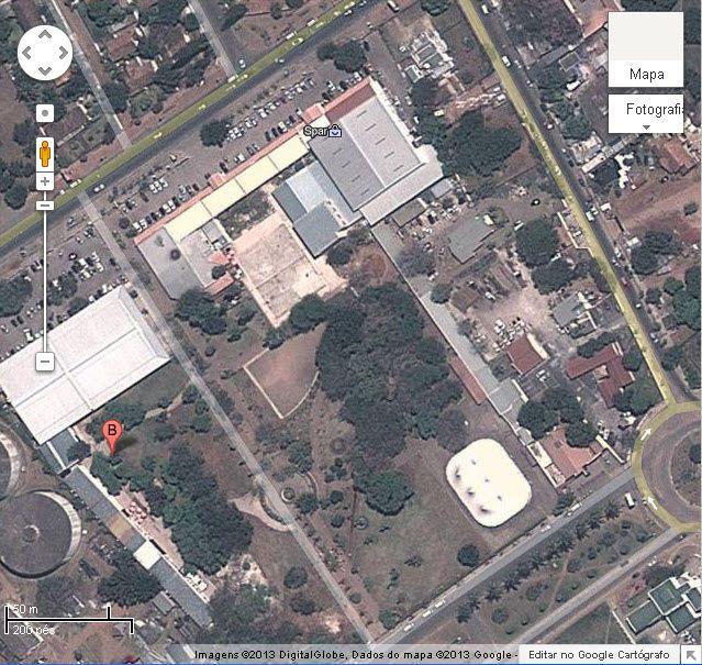 Vendo terreno na cidade da Matola, propício para comércio/ escritórios