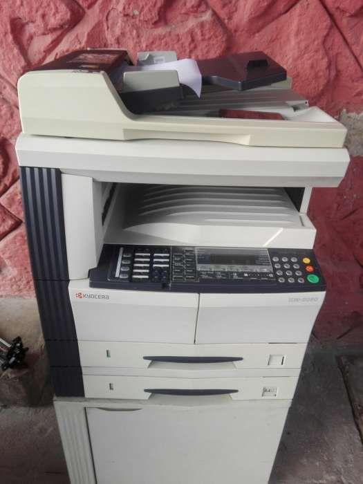 Máquina fotocopiadora