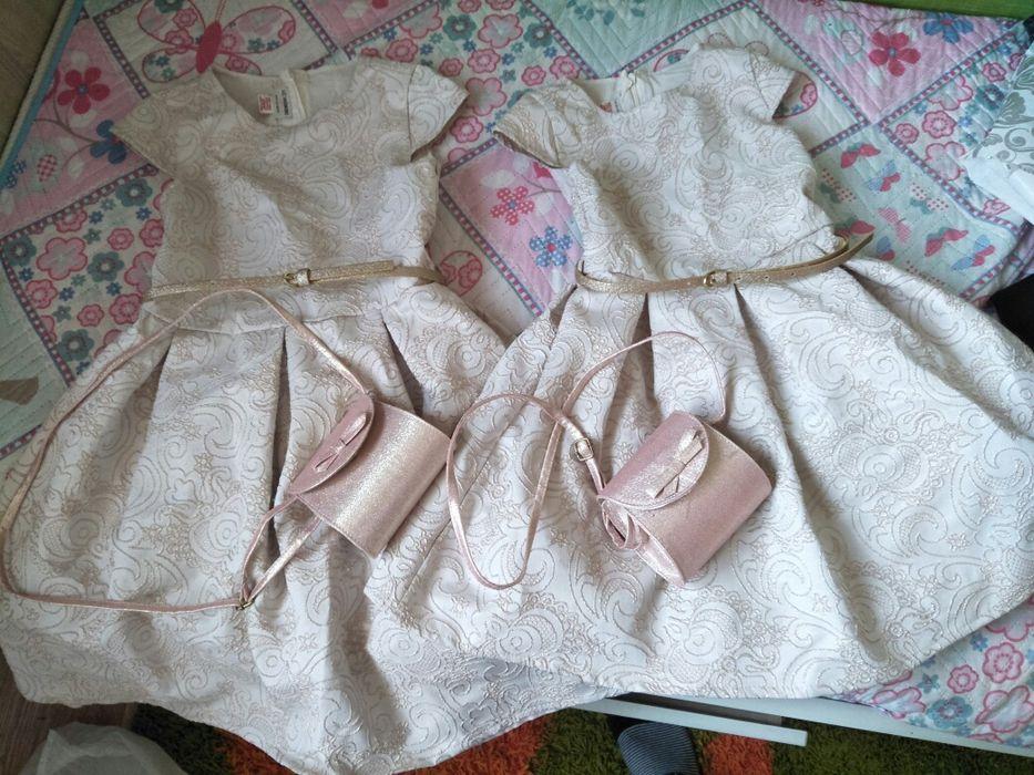 Продам платье на 6-7 и 9-10 лет.