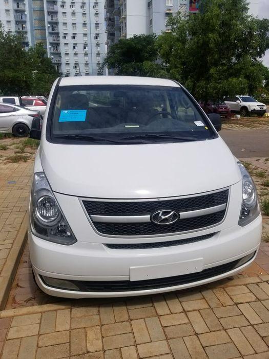 Vende-se este hiace Hyundai H1 acabado de chegar a bom preço