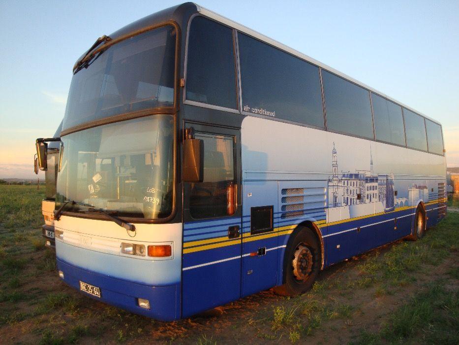 Autocarro EOS E180Z (54 Lugares / Casa de Banho)