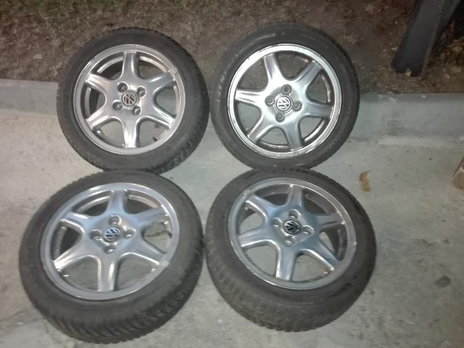 Алуминиеви джанти с гуми