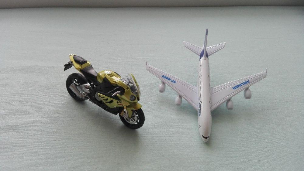 коли и самолети