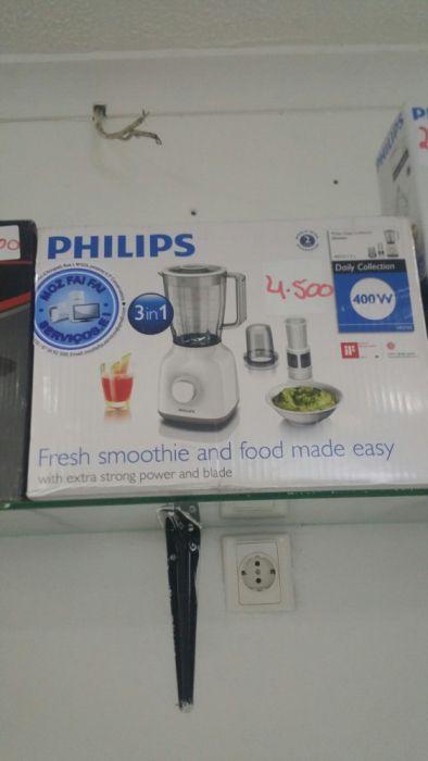 Modernos liquidificadores da marca philips novinhos com garantia