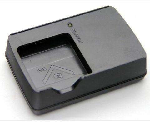 Incarcator Sony BC-CSN
