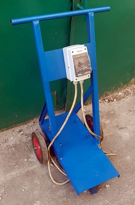 Cadru mobil pompa spalatorie auto / grup pompant