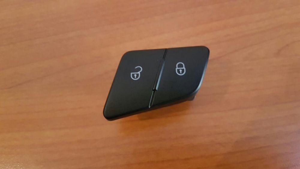 Buton blocare usi, buton inchidere centralizata Pentru Passat B6 3C