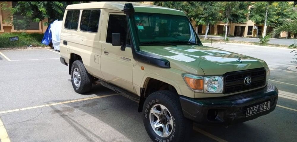 Toyota Land Cruiser Hz a venda