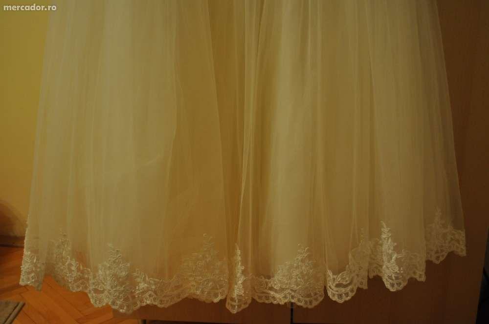 Vand rochie de mireasa stil printesa