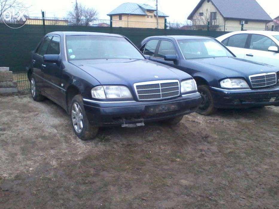 Dezmembrez Mercedes W202 C240 V6