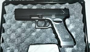 SUPER IEFTIN!! *Replica Pistol ADEVARAT*Colt FULL METAL(spring)Airsoft