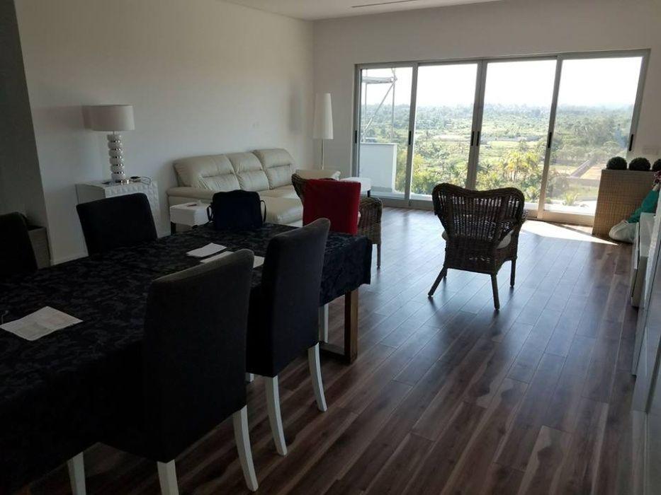 Vende-se Apartamento dúplex por inaugurar no bairro da Costa do Sol