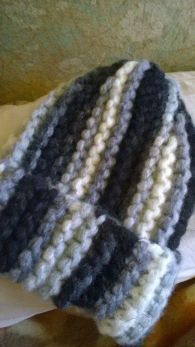 плетени на ръка шапки