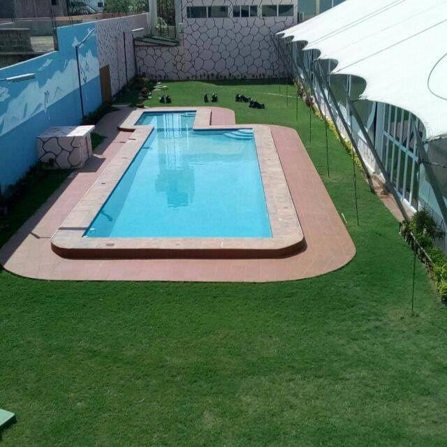 Munguambe Piscina lda construção e monutenção de piscina