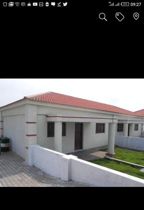 Moradia T2 a Venda em um Condominio em Bilene proximo a praia