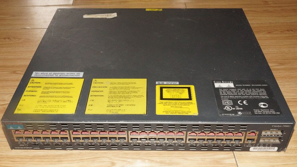 "Vand switch Cisco 19"" cu management si 48 port Fast Ethernet WS-C2948G"