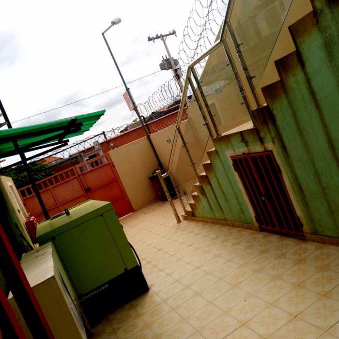 Vendemos Estabelecimento Comercial Em Viana Zango Zango - imagem 2