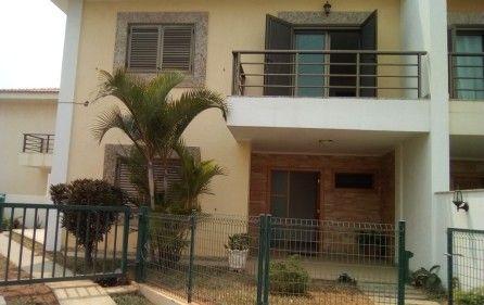 Vende-se Moradia T3 Duplex – Condomínio Luar de Talatona 110.000.000 k