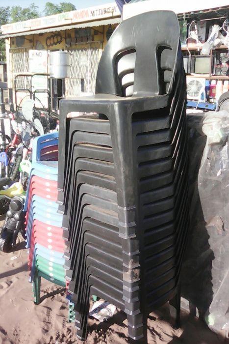 Cadeiras plasticas avenda cada apenas