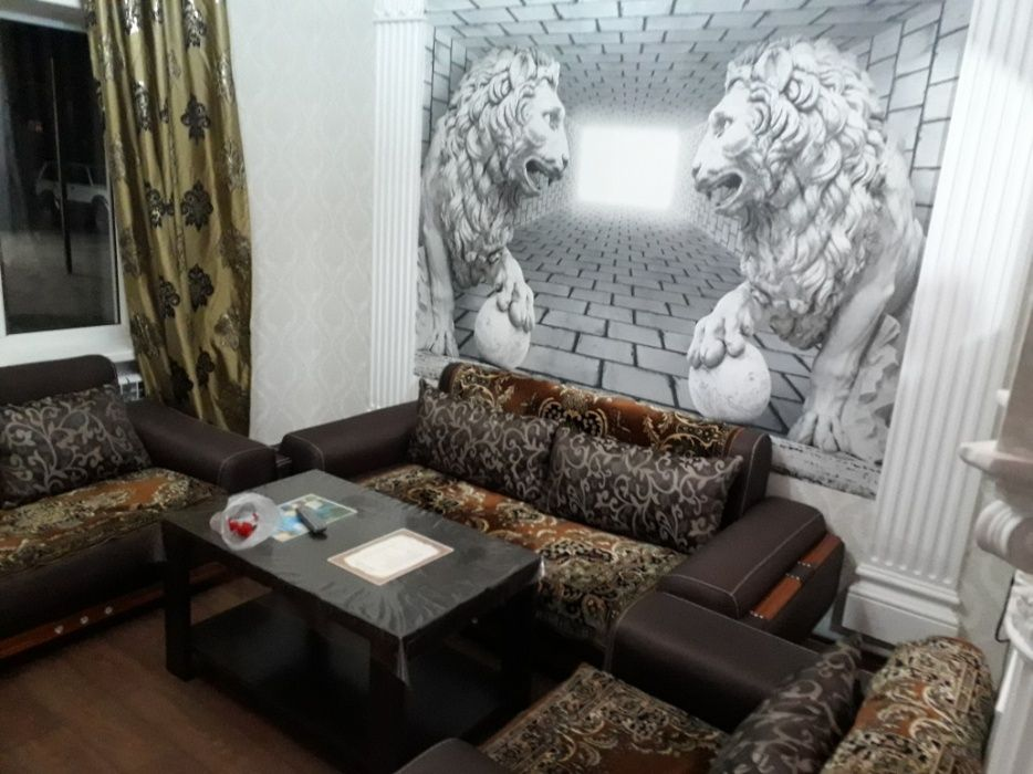 теплая 2-х комнатная квартира посуточно в жк для гостей города